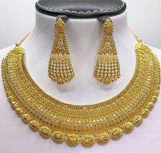 Gold Earrings Designs, Gold Jewellery Design, Necklace Designs, Diamond Jewellery, Gold Jewelry Simple, Gold Wedding Jewelry, Bridal Jewelry, Gold Necklace, Gold Choker
