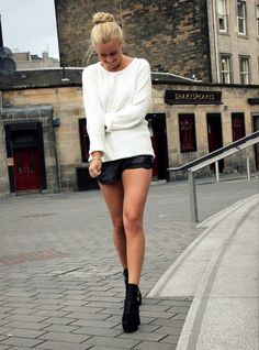 ♥ long sweater w/ skirt and shoes and bun