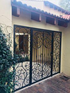 House Gate Design, Door Gate Design, Door Design Interior, Gate House, House Front Design, Iron Front Door, Security Gates, Window Grill Design, Wrought Iron Doors