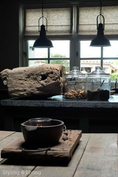 Rustic shades of grey - Kitchen, showroom Styling & Living Sober Living, Cozy Living, Home And Living, Rustic Style, Modern Rustic, Design Oriental, Cosy Room, Interior Architecture, Interior And Exterior