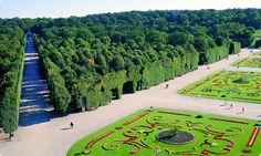 Schloss Schönbrunn in Wien, stranska aleja