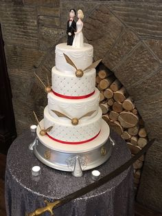 Official site of Kinnitty Castle Hotel, Ireland. Castle Hotels In Ireland, Harry Potter Wedding Cakes, Destination Wedding, Wedding Venues, Fairytale Castle, Creative Cakes, Castles, Sword, Irish