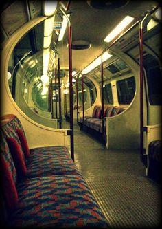 TUBE TRAIN INTERIOR | LONDON | ENGLAND: *London Underground*