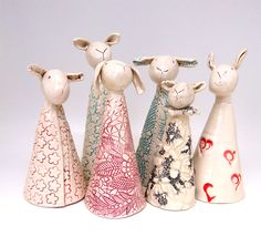 | Lubilou - Handmade ceramics, sheep, chickens, brooches and other creations...
