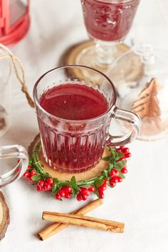 Sangria, Beverages, Drinks, Cake Recipes, Panna Cotta, Healthy Recipes, Healthy Food, Cocktails, Canning