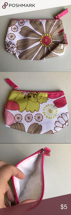 Clinique colorful patterned makeup bag White change purse or makeup bag with green, pink, and brown floral pattern. Gorgeous little bag in excellent condition! Clinique Bags Cosmetic Bags & Cases