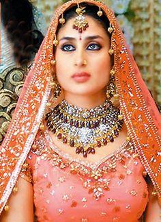 1000+ images about kareena kapoor wedding pics on Pinterest | Kareena ...