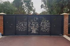 A telescopic sliding gate is a multiple piece gate system which layers the gate sections neatly behind one another as they slide back. Gate Wall Design, Grill Gate Design, House Main Gates Design, Front Gate Design, Fence Design, Door Design, Electric Sliding Gates, Gate Designs Modern, Gate Decoration