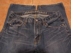 *Mens American Eagle Jeans *32 x 32*Bootcut*Zipper Fly*Whiskers*Torn*Nice*