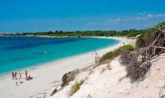 No es El Caribe, es Mallorca. Playa Es Carbó.