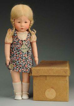 "Fantastic Kathe Kruse ""Hampelchen"" Doll - by Morphy Auctions Old Dolls, Antique Dolls, Doll Toys, Baby Dolls, Porcelain Dolls Value, China Dolls, Vintage Paper Dolls, Doll Maker, Doll Accessories"