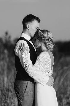Valokuvaaja Pori l Pia Taimi Visuals Create Your Own Website, Wedding Photography, Couples, Couple Photos, Couple Shots, Wedding Photos, Wedding Pictures, Bridal Photography, Romantic Couples