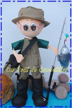 Goma EVA - #Fofucho pescador en Un baúl de candelillas!! Pero qué manos!! #Fofucha #Artesanos Fondant Figures Tutorial, Different Sports, Icing Recipe, Foam Crafts, Polymer Clay Crafts, Clay Pots, Gum Paste, Projects To Try, Dolls