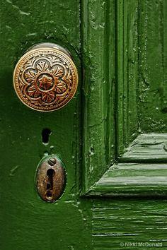 Green Door, detail