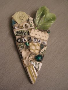 Eccentricities, Mosaics by Kelly Aaron: I Heart Doll Arms and Legs Mosaic Diy, Mosaic Garden, Mosaic Crafts, Mosaic Projects, Mosaic Tiles, Garden Art, Mosaics, Garden Ideas, Art Projects