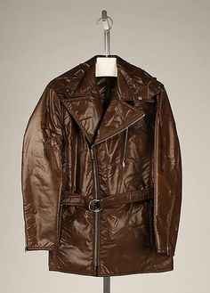 Saks Fifth Avenue (American, founded 1924). Ski jacket, 1973. The Metropolitan Museum of Art, New York. Gift of Barbara and Gregory Reynolds, 1985 (1985.375.3a, b) #olympics #skiing