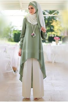 Modest Fashion Hijab, Abaya Fashion, Modest Outfits, Fashion Dresses, Hijab Evening Dress, Hijab Dress, Islamic Fashion, Muslim Fashion, Modele Hijab