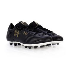 27f2a6013 16 Best Asics Soccer Cleats images