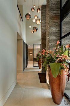 Hallway Designs, Foyer Design, House Design, Luxury Interior, Home Interior Design, High Ceiling Lighting, Entryway Lighting, Home Bar Designs, Modern Stairs