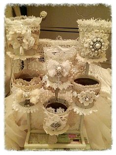 Shabby Chic Home Decor Shabby Chic Flowers, Shabby Chic Crafts, Vintage Crafts, Vintage Shabby Chic, Shabby Chic Homes, Shabby Chic Style, Shabby Chic Decor, Vintage Lace, Tin Can Crafts