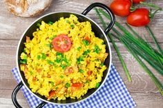 Scrambled Tofu with Tomatoes and Chives