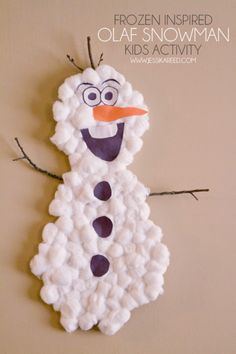 Do you want to build a snowman or in this case paint or create a snowman?  Then take a look at these 10 gorgeous Snowman Art Projects. 10 Snowman Art Projects for Cold Wintry Afternoons Melted Snow...