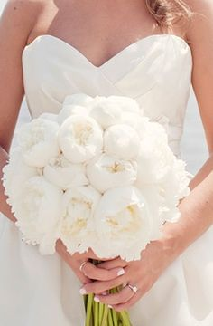 I'd also like to include white peonies in the bouquets... just so gorgeous!!!