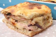 La Torta di Pancarrè con Melanzane, Mortadella e Scamorza è una ricetta semplicissima e veloce da realizzare, è così buona che non potrete più farne a meno!