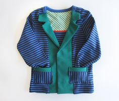 How to make a cardigan from an old tee! Free how-to.      http://blog.misusu.co/p/diy-projects/cardigan-tee/