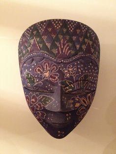 Indonesian mask (Java) Indonesian Art, African Sculptures, Beautiful Mask, Masks Art, Blank Canvas, Dot Painting, Creative Words, Brochure Design, Decoration
