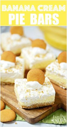 Easy Banana Cream Pie Bars -- Family Fresh Meals Recipe These Easy Banana Cream Pie Bars are an easier twist on the classic banana cream pie. All you need is instant banana pudding, and a few other ingredients. Banana Cream Desserts, Banana Cream Cakes, Easy Banana Cream Pie, Banana Pudding Cheesecake, Banana Recipes, Banana Bars, Cheesecake Cake, Pudding Cake, Banana Cream Pie Recipe With Pudding