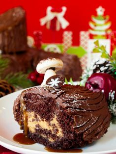 The PLC signature yule log features chocolate sponge cake filled with salted caramel mousse, caramel sauce and covered in chocolate buttercream, and topped with house-made meringue mushrooms.  It's almost too cute to eat!   Almost.