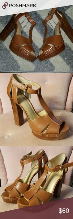 UNWORN MK Michael kors platform sandal Cognac  colored MK MICHAEL kors platform Sandals size 10. Never worn other than to try on. Adorable shoe. Platform is 1 inch & heel is 5 inches. Very easy to walk in  because of the thicker heel. Michael Kors Shoes Heels