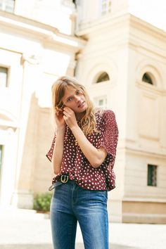 """madewell silk prose top in paintbrush dot + 9"""" high riser skinny skinny jeans in dayton wash worn by our muse constance jablonski in our fall catalog shot in rome. #everydaymadewell"""