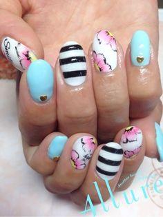 #nail #nails #nailart #unha #unhas #unhasdecoradas #listras #stripes #floral