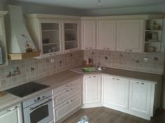 Poradca: Jana Smatanová - kuchyňa Katy Kitchen Cabinets, Home Decor, Decoration Home, Room Decor, Cabinets, Home Interior Design, Dressers, Home Decoration, Kitchen Cupboards