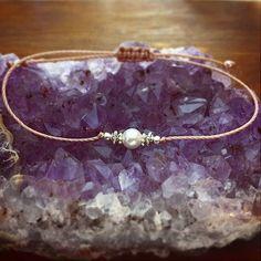 Shell Pearl Bracelet - Friendship Bracelet - Best Friend Gift - Best Friend Bracelet - minimalist jewelry - Bohemian Jewelry - Boho Jewelry