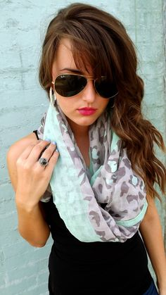 light scarf with black tank. Love this.