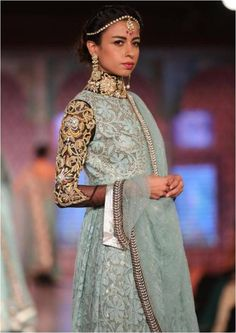 Niki Mahajan Bridal Collection Info & Review | Bridal & Trousseau Designers in Delhi | Wedmegood