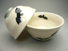 Shimizu yaki bat couple rice bowl (ceramic Sen made ) Gothic House, Gothic Room, Gothic Mansion, Kitchen Items, Kitchen Products, Kitchen Gadgets, Goth Home, Kitchen Witch, My Dream Home