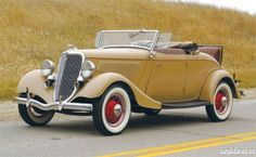 1934 Ford Deluxe Jalopy with Rumble Seat.