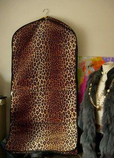 c87f87e9df42 Vintage LEOPARD Print GARMENT BAG Tote Travel Suitcase Luggage Keepall  Accessory  Unbranded  GarmentBagXL Garment