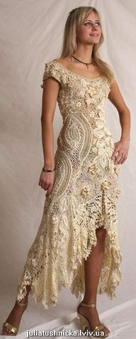 I love this dress, it'd make a great wedding dress, but it wouldn't suit me.