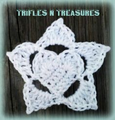 Frozen Hearts - Part 2 - Large Snowflake Applique ~ Tera Kulling - Trifles N Treasures Crochet Snowflake Pattern, Crochet Stars, Crochet Snowflakes, Crochet Motif, Crochet Flowers, Crochet Stitches, Free Crochet, Crochet Patterns, Crochet Appliques