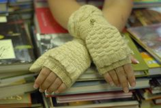 Knitting Pattern: Khufu Convertible Mittens by The Sexy Knitter. $4.00, via Etsy.