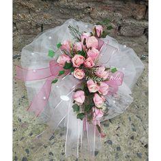 söz çikolatası pembe gül yolu Ribbon Embroidery, Floral Arrangements, Wedding Gifts, Shabby Chic, Vintage, Instagram, Design, Rose Flower Arrangements, Gifts For Marriage