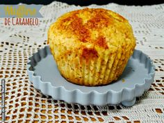 Muffins de caramelo Algarve, Portugal, Breakfast, Tailgate Desserts, Cakes, Other Recipes, Wafer Cookies, Ideas, Candy
