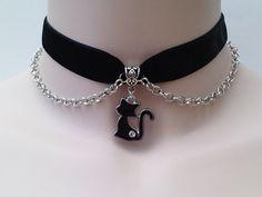 Gorgeous enamel BLACK CAT Charm & Chain - 16mm BLACK Velvet Ribbon Choker Necklace -wt... or another colour velvet, hand made to order :)