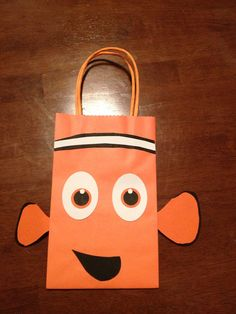 Finding nemo inspired party favor bags by TBcraft06 on Etsy, $12.00