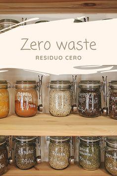 El movimiento Zero waste afirma que es posible reducir o incluso eliminar los residuos que generamos. ¿Sabías que las personas generamos una media de 1.2kg de basura al día?. El problema medio ambiental al que nos enfrentamos debido al consumismo extremo de la sociedad actual, es bastante grave.El pan de molde, los cereales, las barritas energéticas de la merienda… ¡incluso las frutas y verduras vienen en plástico! Somos la generación de usar y tirar.